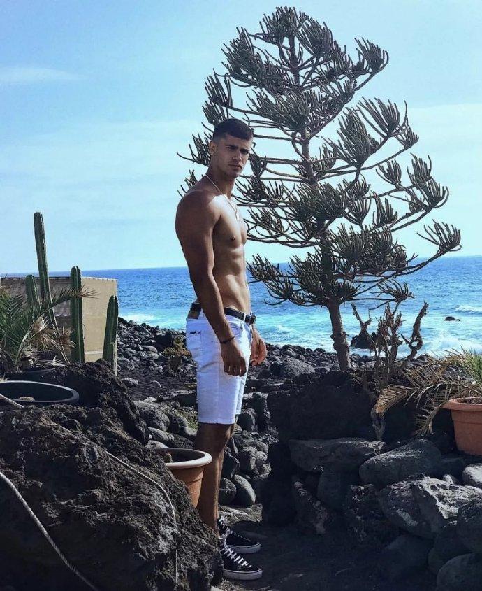 法国男模 Jaad Belgaid