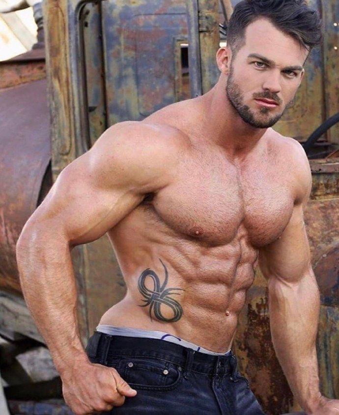 好有野性的肌肉帅哥图片