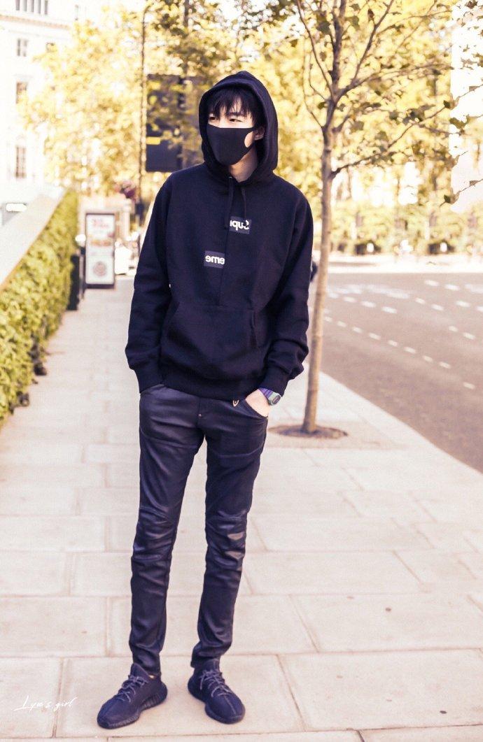 刘宇宁的全黑造型穿搭太man了