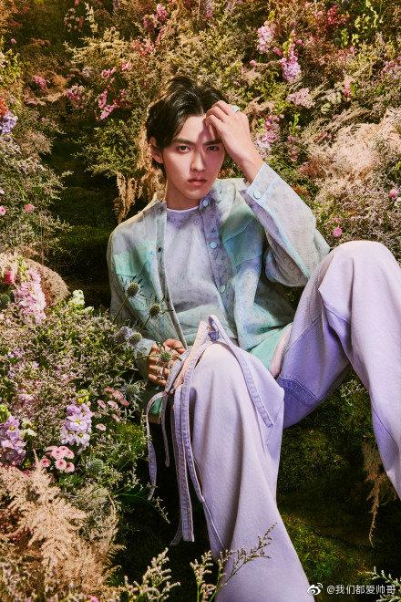 吴亦凡演绎 Louis Vuitton 2020 春夏男装系列