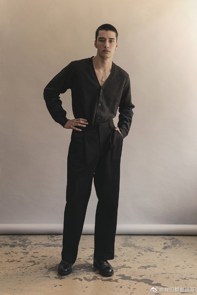 男模Gabriel Santos出镜《MMSCENE》杂志